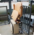いすを折りたためるコンパクト収納